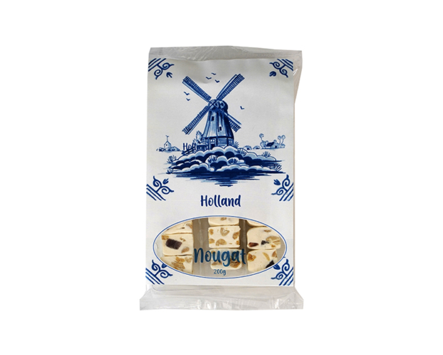 Delft blue tray with nougat 180 gram