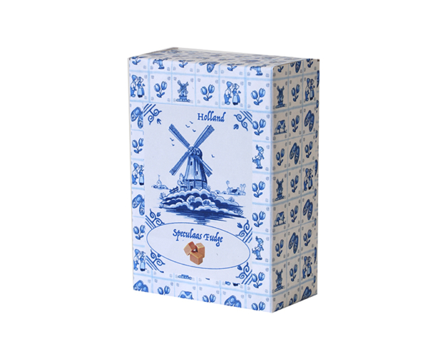 Delft blue box with fudge 150 gram